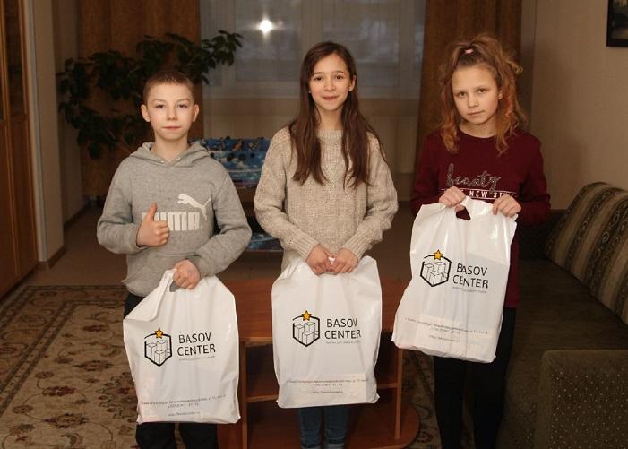 Подарки детям от друзей «Мяты»